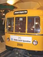 Grosprofil - 2000-/69138/sonderfahrten-anlaesslich-20-jahre-u-bahn-nach Sonderfahrten anläßlich 20 Jahre U-Bahn nach Spandau, Zug 2000 in Spandau, U 7 Berlin 2009