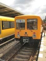 Grosprofil EIII-Zug/68988/eiii-zug-am-aussenbahnsteig-in-hoenow-2009 EIII-Zug am Außenbahnsteig in Hönow, 2009