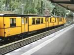 U 3/65186/a2-zug-mit-wagen-836-berlin-krumme A2-Zug mit Wagen 836, Berlin Krumme Lanke 13.9.2009http://ubahnarchiv.startbilder.de/bilder/thumbs/tn_65186.jpg